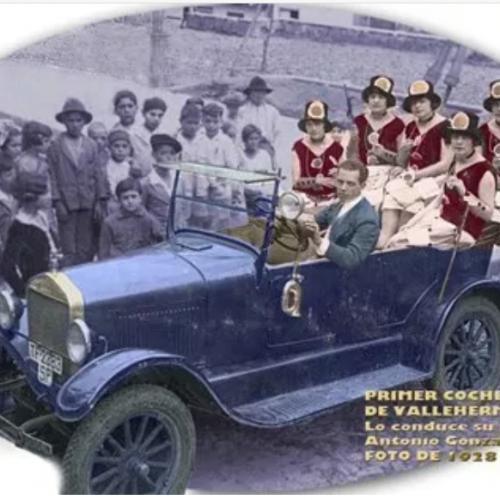Figura 6: Fotografía del primer coche de Vallehermoso, conducido por su dueño, Antonio González Martín en 1928. Fuente: www.eltambor.es
